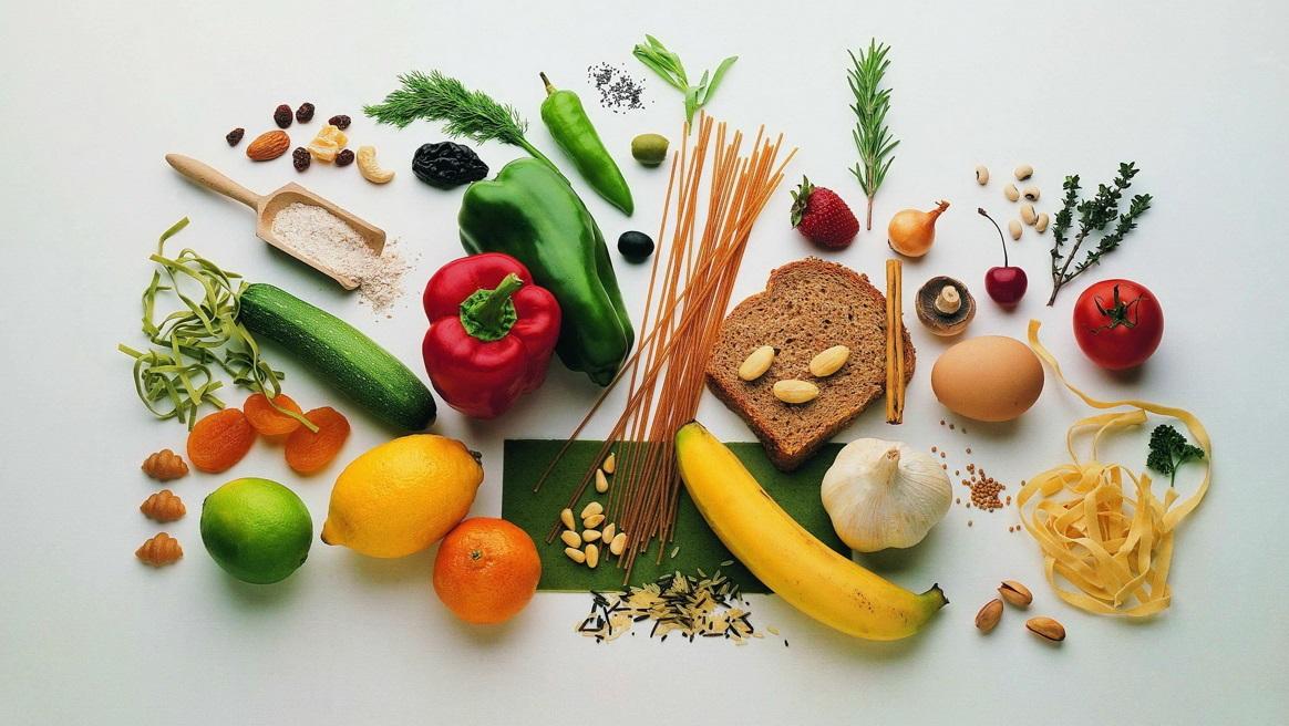 Продукты питания и витамины для здоровья детей. (Информационный буклет)