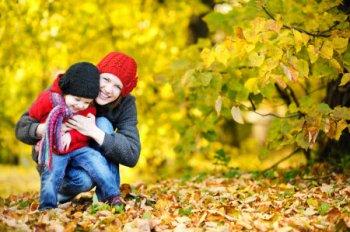 Консультация для родителей «Прогулки детей осенью»